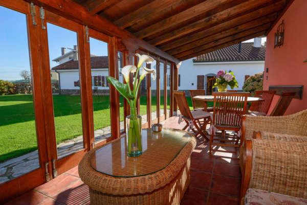 Porche - Casa Rural Cai Llope